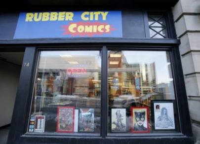 Rubber City Comics outside